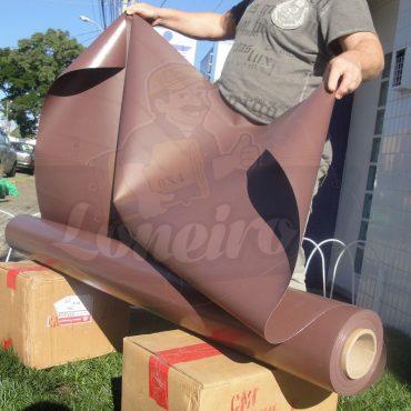 Tecido Lona de Vinil Marrom 15x1,57 Metros PVC Rolo Impermeável Premium Malha Fio 1000 Super Resistente para toldos, tendas, revestimento, coberturas