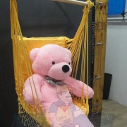 Cadeira Rede De Descanso Amarela Modelo Poltrona Suspensa de Balanço Artesanal em Algodão Macio para Dormir Relaxar em Casa Quintal Jardim Árvore