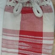 Rede de Descanso Vermelha com Branco Xadrez Artesanal com 4 metros Casal - Pernambucana Modelo de Franja Tradicional Feita em Algodão Tear
